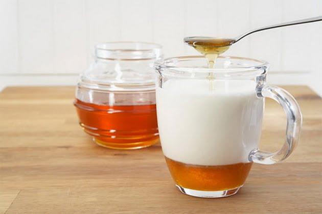 10 lợi ích sức khỏe tuyệt vời khi bạn uống sữa và mật ong mỗi ngày 2